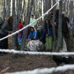 Recolección en el bosque, cita en Yatana